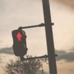「赤信号を無視して堂々とわたる人」と会社のブランドイメージについて